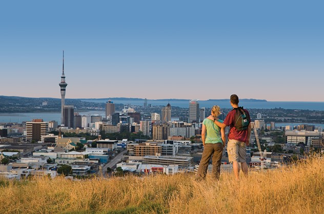 Private Auckland Luxury Tour - View the city's icons