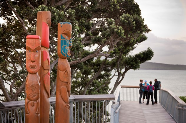 Auckland City & West Coast Luxury Tour - Tamaki Makaurau: