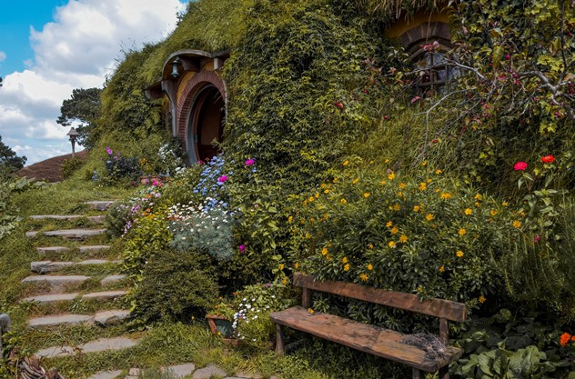 Auckland to Sanctuary Mountain and Hobbiton Movie Set Private Tour - Hobbiton Movie Set
