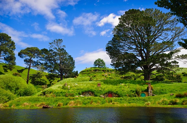 Auckland to Waitomo Caves and Hobbiton Movie Set Private Tour - Hobbiton Movie Set